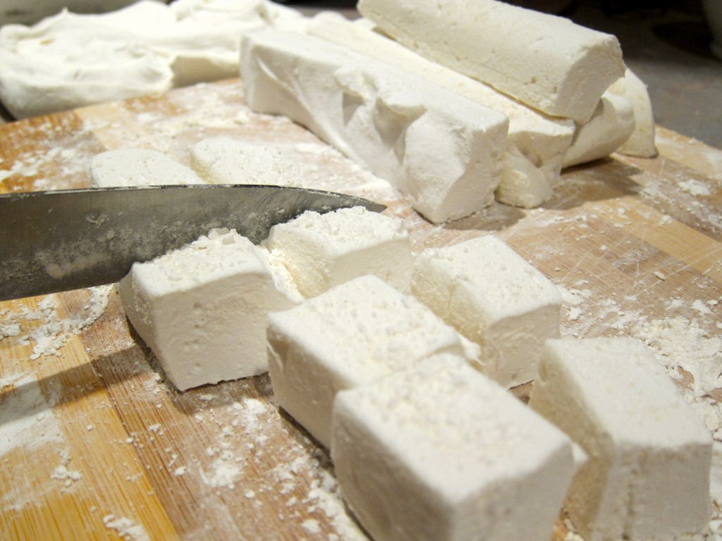 my not-so-strange addiction: homemade marshmallows